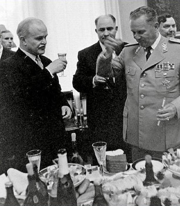 Вячеслав Молотов и маршал Иосип Броз Тито в Кремле. /Фото:zurnalist.io.ua